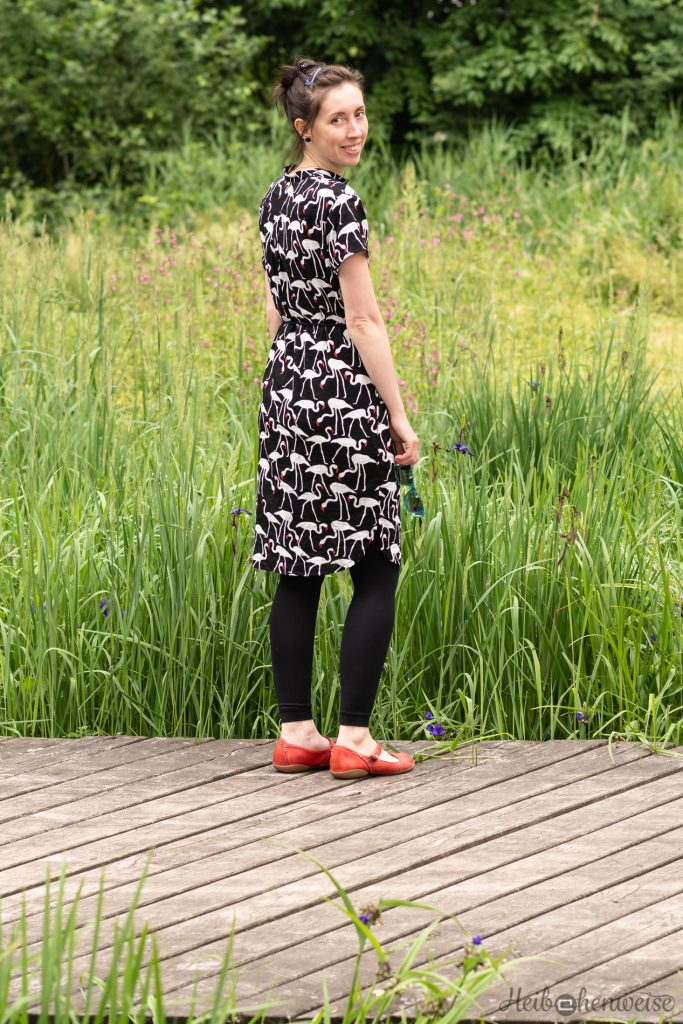 Hemdblusenkleid aus FashionStyle 6/2017 Flamingos